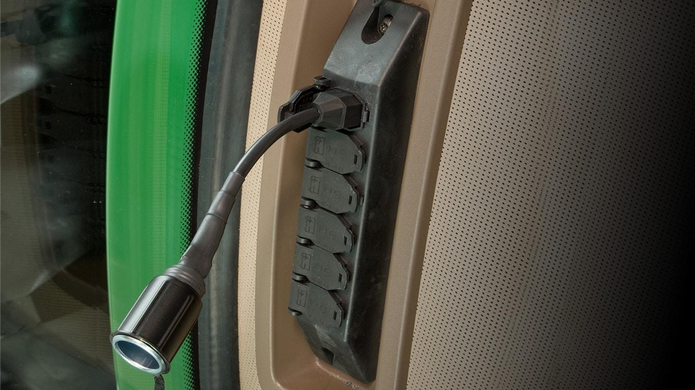 Електричні розетки та адаптери